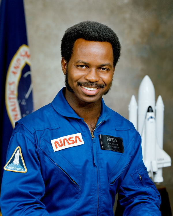 Ronald_McNair, Challenger Mission Specialist
