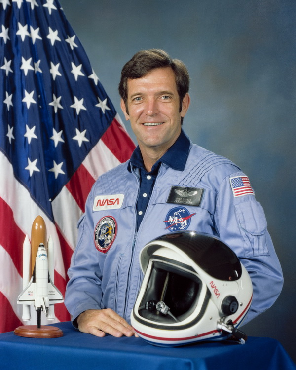 Francis Scobee, Challenger Commander
